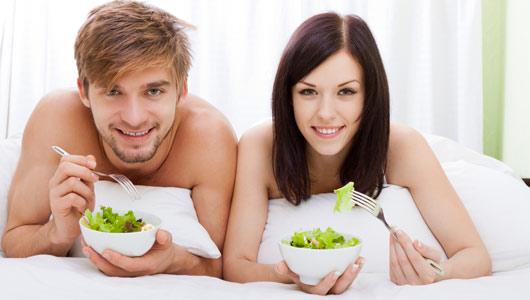 यौन शक्ति बढाउन तुलसी, लसुन, जायफल, दालचिनी र खजुर खानु उपयुक्त