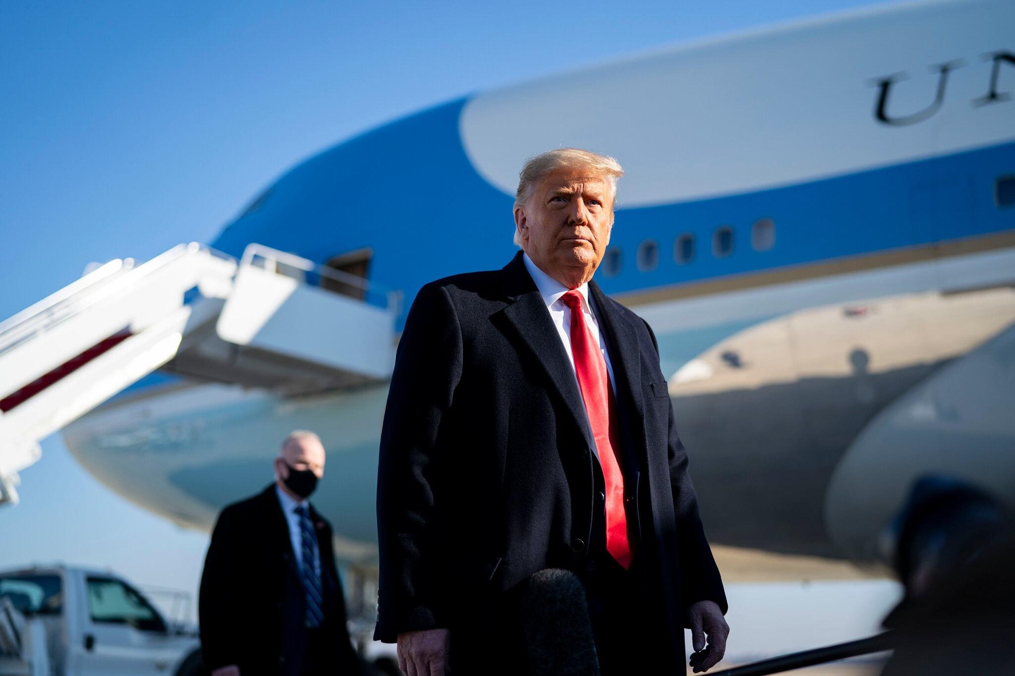 अमेरिकी राष्ट्रपति डोनल्ड ट्रम्पविरुद्ध फेरि महाभियोग प्रस्ताव