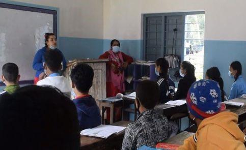 हिमपातबाट बन्द ताप्लेजुङका विद्यालयमा पठनपाठन शुरु