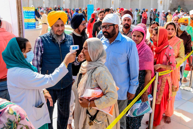 भारतमा थप २ लाख ५६ हजारमा संक्रमण