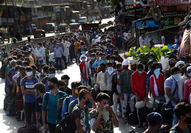 भारतमा संक्रमितको संख्यामा नयाँ रेकर्ड, एकैदिन २ लाख ९४ हजारमा संक्रमण