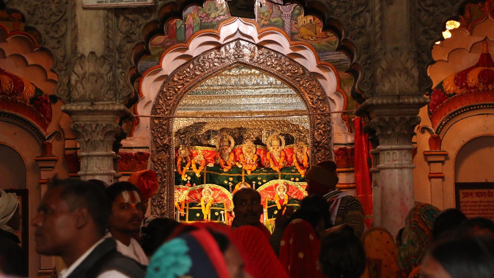 चैते दसैँ पर्व आज हिन्दु नेपालीले घरघरमा नवदुर्गा भगवतीको पूजा आराधना गरी मनाउँदै