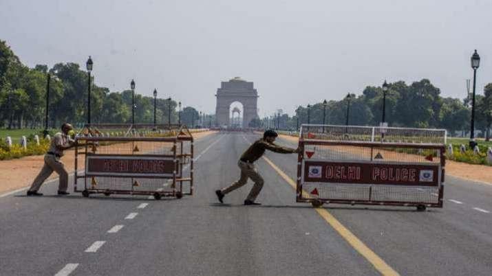 दिल्लीमा कर्फ्यू