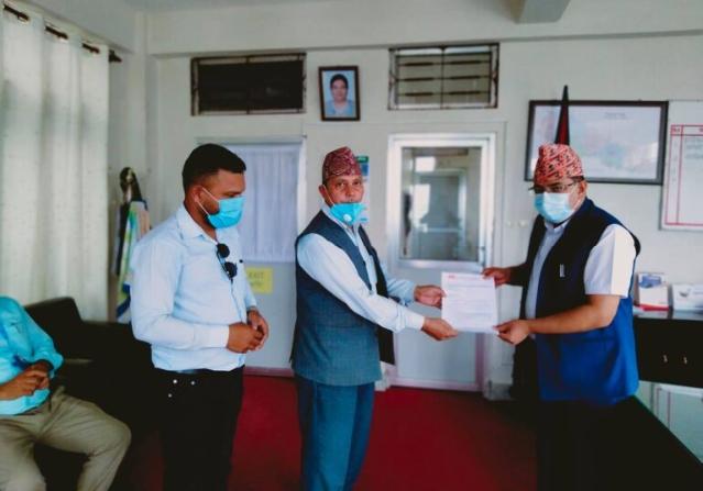 झापाका दलित अगुवाहरु द्वारा शिक्षामन्त्रीको राजीनामा माग