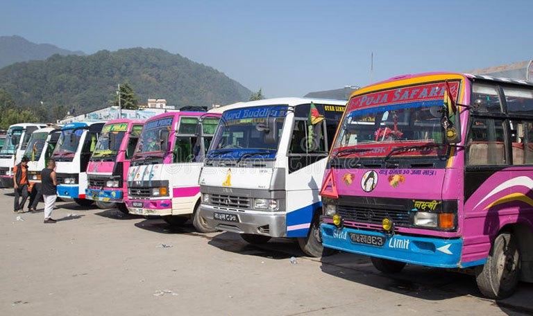 सार्वजनिक सवारीसाधन सञ्चालन, काउण्टरमै टिकट काटेर मात्र यात्रा गर्न प्रशासनको आग्रह