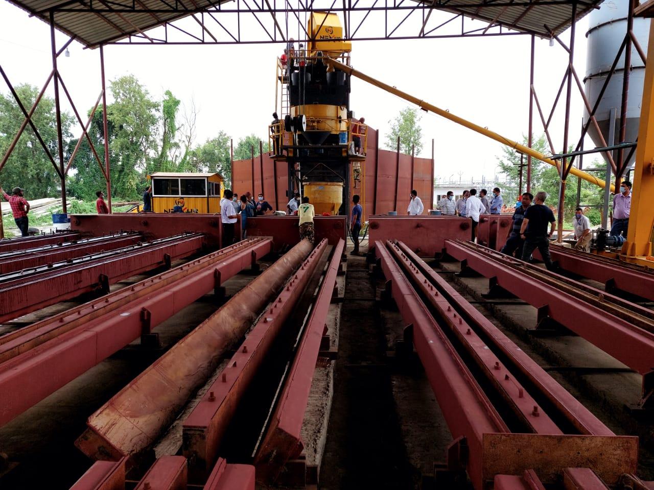 मोरङको टङ्की सिनुवारीमा विद्युतका कङ्क्रिट पोल उत्पादन शुरु