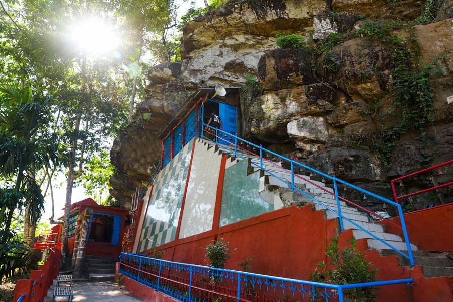 गजुरमुखी धाम धार्मिक तथा पर्यटकीय हिसाबले महत्वपूर्ण