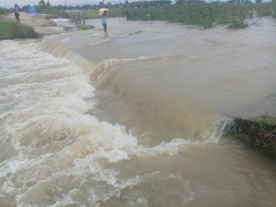 कन्काई नदीको भंगालो पसेपछि ९० परिवार टापुमा